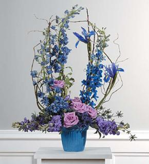 Lavender and Blue Machae Arrangement